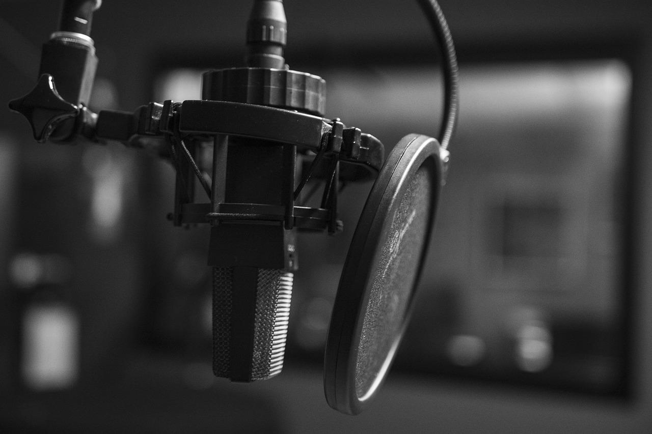 〈瘟疫、語言和具體的人〉——Podcast推薦。